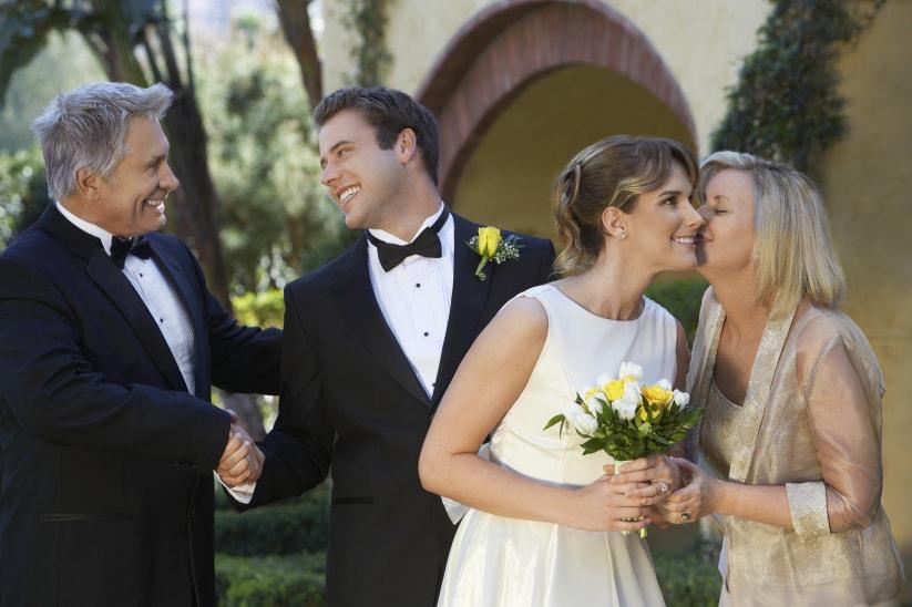 Pais dos noivos separados, como lidar?